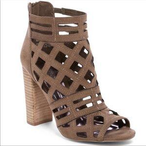 Brown Carlos Santana- Block Heel
